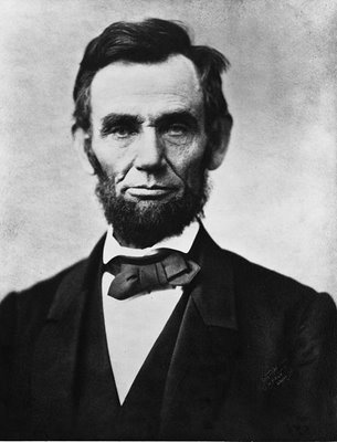 20100125211012-456px-abraham-lincoln-head-on-shoulders-photo-portrait.jpg