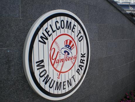 20100630193414-monument-park-miniatura-461x346-2148111.jpg