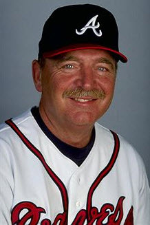212983d1301321926-major-league-baseball-coaches-leo_mazzone_-1999_braves_coach-.jpg