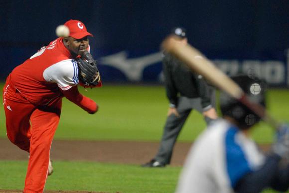 pitcher-cubano-pedro-luis-lazo.jpg