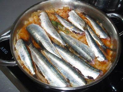 sardinas a la cazuela